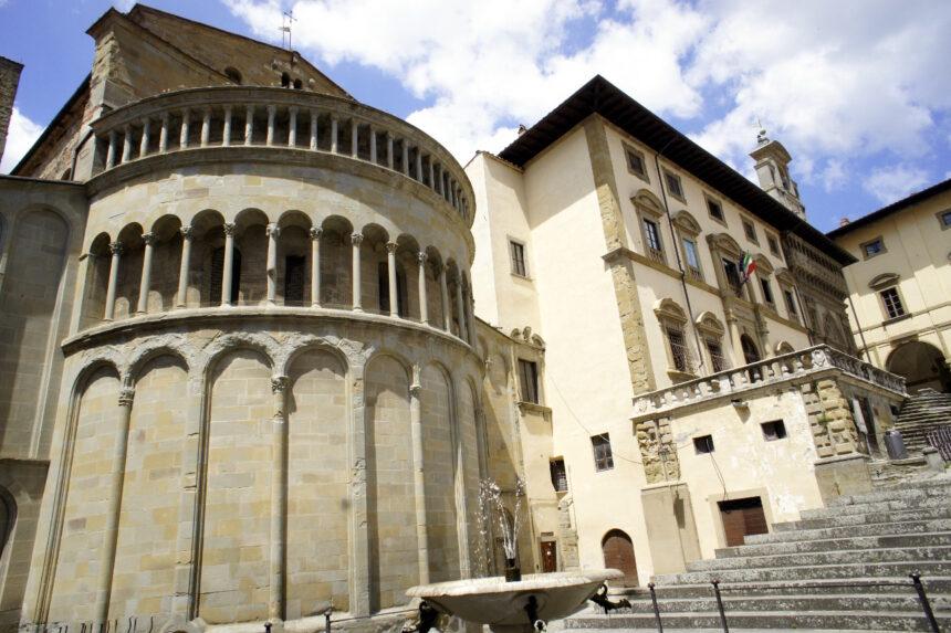 Santa Maria della Pieve, Arezzo