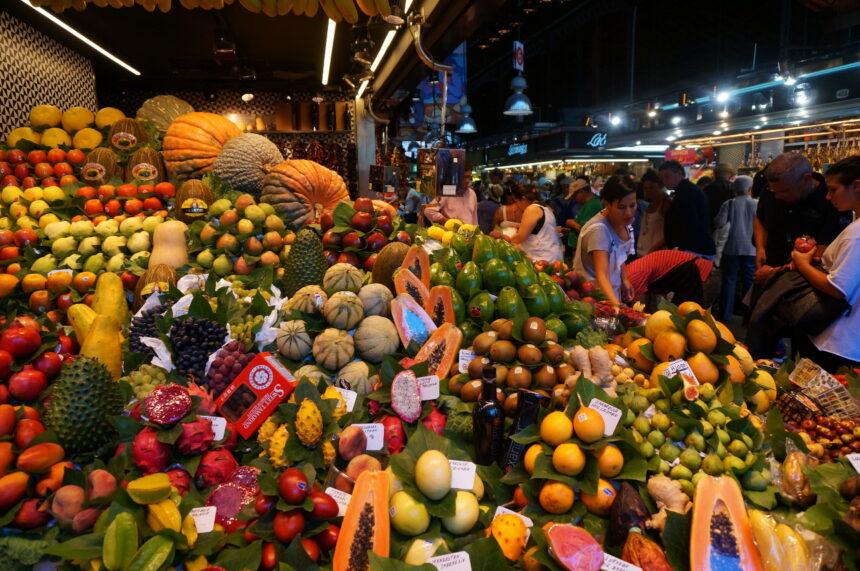 Targ owocowy w Barcelonie
