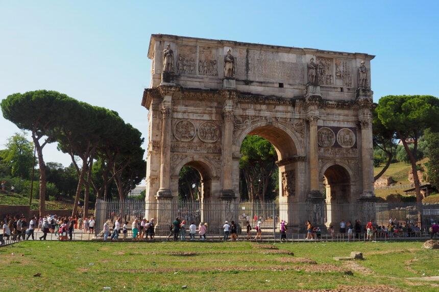Łuk triumfalny Konstantyna Wielkiego w Rzymie