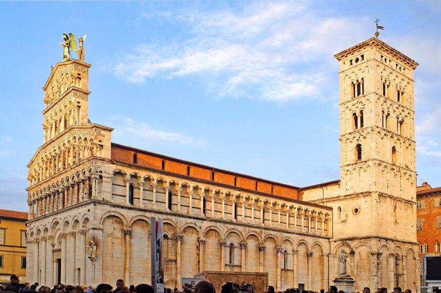 Katedra San Martino, Lukka